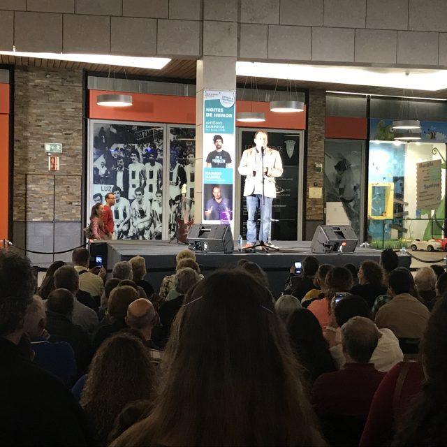 Stand Up Comedy no Forum Barreiro